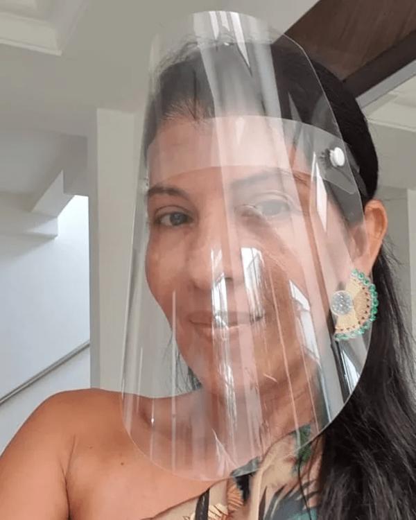 Escudo facial antifluido